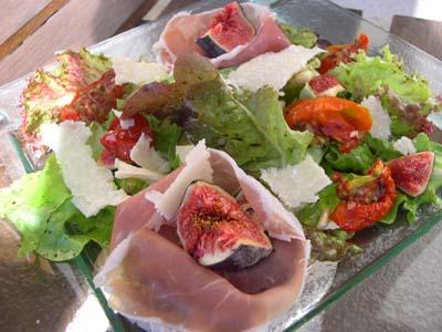 Trouver son âme-soeur par l'amour pour la salade